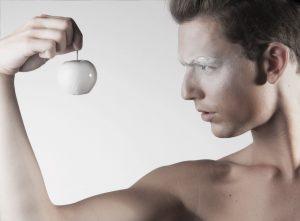 Hair & Makeup by Inèz • Photo by Michelle den Braber • Styling by Marieke Kooijmans • Model Jorik Smit